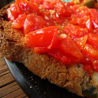 Tomato-Garlic Bread