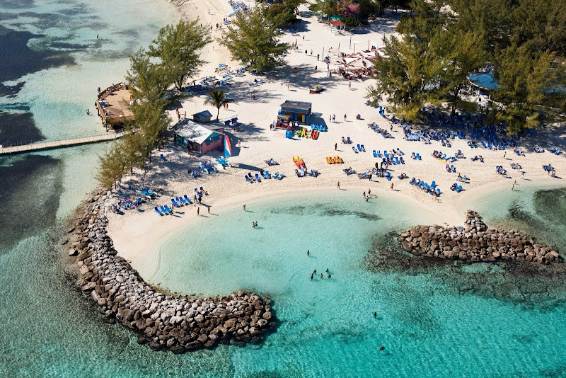 Explore new aquatic facilities, nature trails and places where you can just kick back, relax and enjoy a tropical drink at CocoCay.