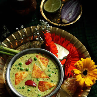 Nawabi Paneer Curry Recipe | Simple Paneer and Peas Curry Recipe with Swiss Diamond Product Review and A Giveaway!.