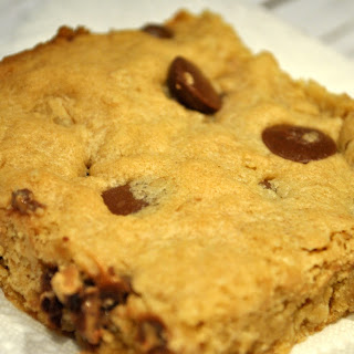 Peanut Butter and Chocolate Oatmeal Cookie Bars