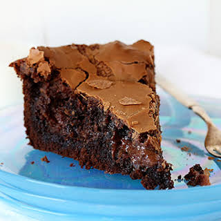 Chocolate Ooey Gooey Cake.