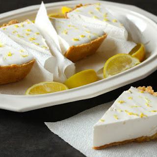Gluten-Free Fluffy Lemonade Pie