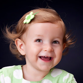 sweet smile by Ruy Lopes - Babies & Children Child Portraits ( matilde close up,  )