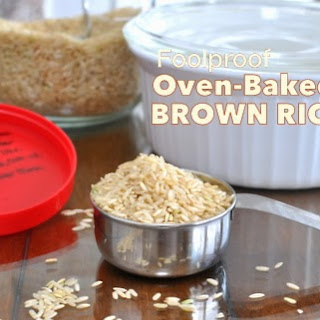 Foolproof Oven-Baked Brown Rice ♥.