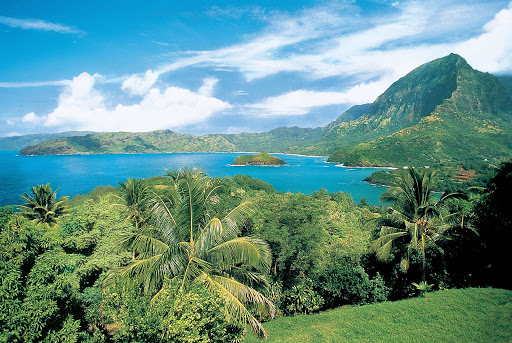 Hiva_Oa_Marquesas - Paul Gauguin guests can hike to take in this view of the Marquesas' sun-kissed mountains and untouched wilderness.