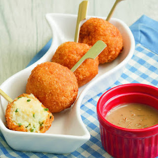 Mashed Potato Balls with Cheesy Centers