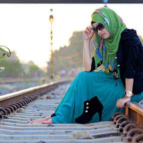 by Ajoenk Photohunt - People Portraits of Women