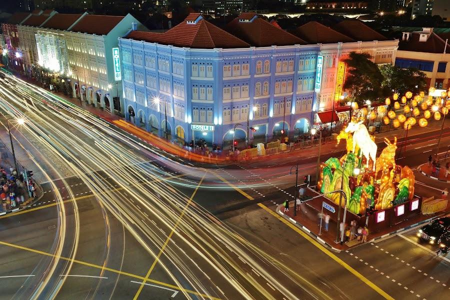 Street lights by Koh Chip Whye - City,  Street & Park  Street Scenes ( , city at night, street at night, park at night, nightlife, night life, nighttime in the city, #GARYFONGDRAMATICLIGHT, #WTFBOBDAVIS )