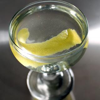 The Tuxedo (No. 2) Cocktail.