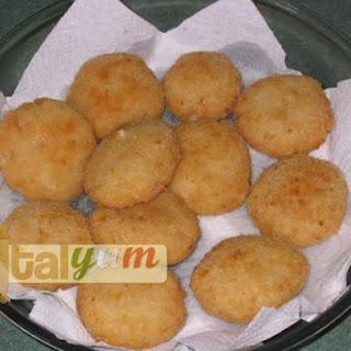 Rice croquettes (Polpette di riso).
