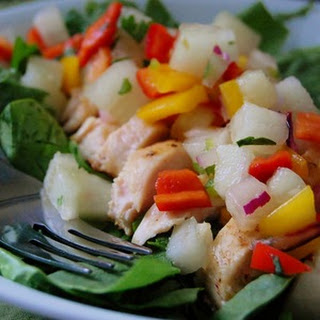 Spinach Salad with Chicken, Melon, and Mango