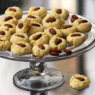 FLOURLESS ALMOND COOKIES from SPAIN.