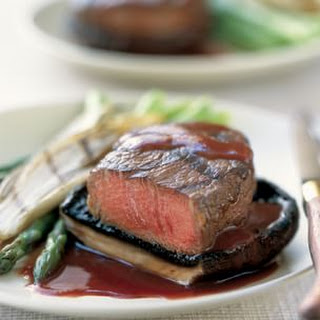 Grilled Beef Fillets with Mushrooms and Red Wine Sauce