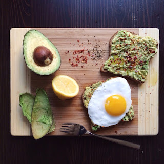 Easy Avocado Toast with Sunny Side Up Egg