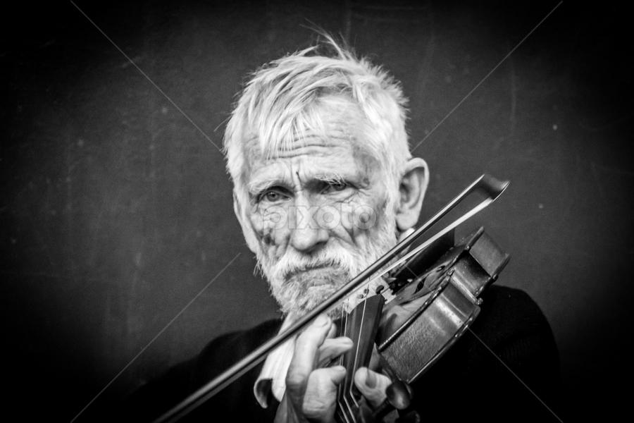 Sad Music   Portraits of Men   People !!!   Pixoto