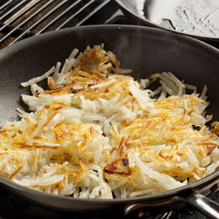 Cheesy Hashbrowns with Sour Cream
