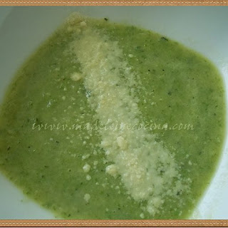 Zucchini and Basil Cream Soup