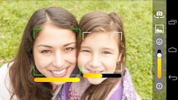 Screenshot of SmileCam - smile detector