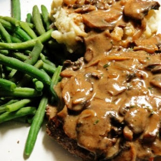 Slow Cooker Melt in Your Mouth Cube Steak and Gravy.