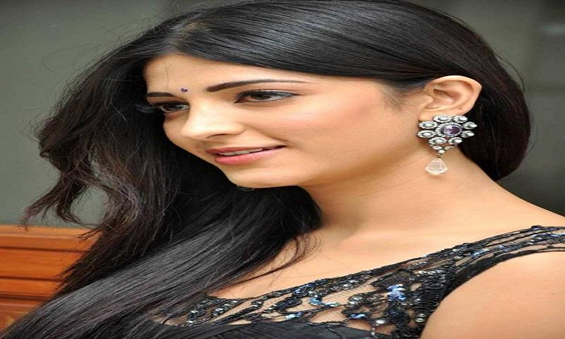 Shruti Haasan HOT HD Wallpaper - screenshot