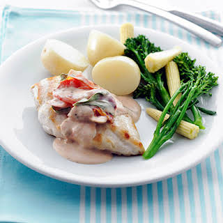 Chicken Fillets with Creamy Sundried Tomato Sauce.