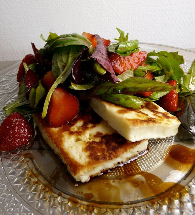 Strawberry Halloumi Cheese Salad Recipe