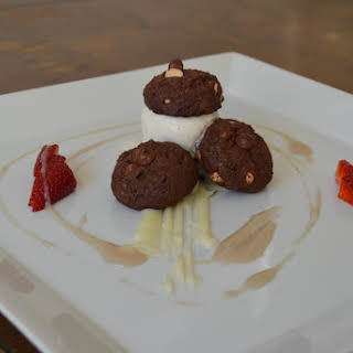 Double Chocolate Ice Cream Sandwich, Strawberry, White chocolate Ganaches.