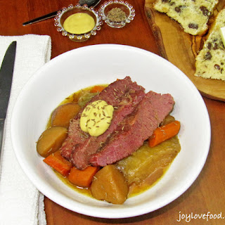 Crock Pot Apple and Brown Sugar Corned Beef & Cabbage.