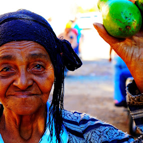 aguacate lady by Charles Saunders - People Street & Candids ( market, avocados, dominican republic, elderly, women, Travel, People, Lifestyle, Culture )