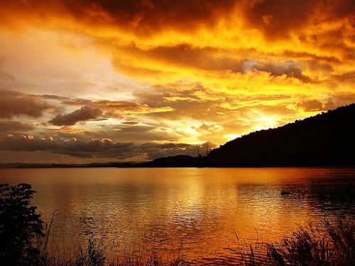 Silent Lake by Sengkiu Pasaribu - Instagram & Mobile Android