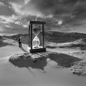 Matter of Time by Dariusz Klimczak - Digital Art Places ( dunes, desert, square, surreal, kwadrart )