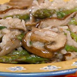 Asparagus-wild mushroom risotto with Parmesan