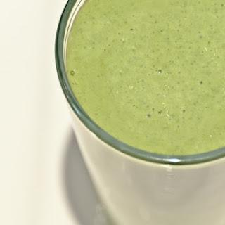 Green Smoothie - Strawberry Shake.
