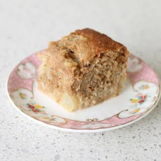 Apple & Cinnamon Oatmeal Cake.