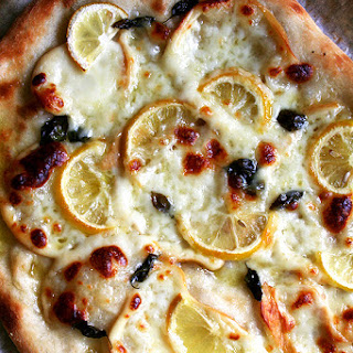 Pizza with Lemon, Smoked Mozzarella & Basil.