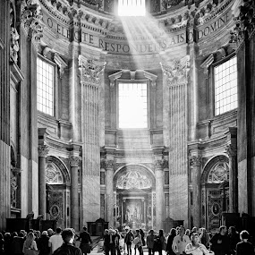 (P)ray by Dominic Schroeyers - Black & White Buildings & Architecture ( ray, tourists, rome, shadow, pray, vatican, people, light, basilica,  )