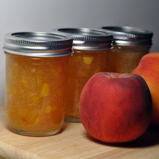 Bourbon Peach Jam (adapted from Better House and Gardens).