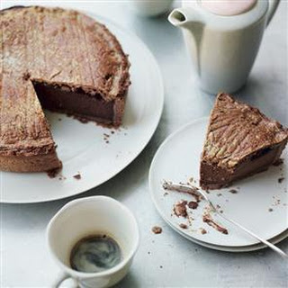 Chocolate gâteau Basque.