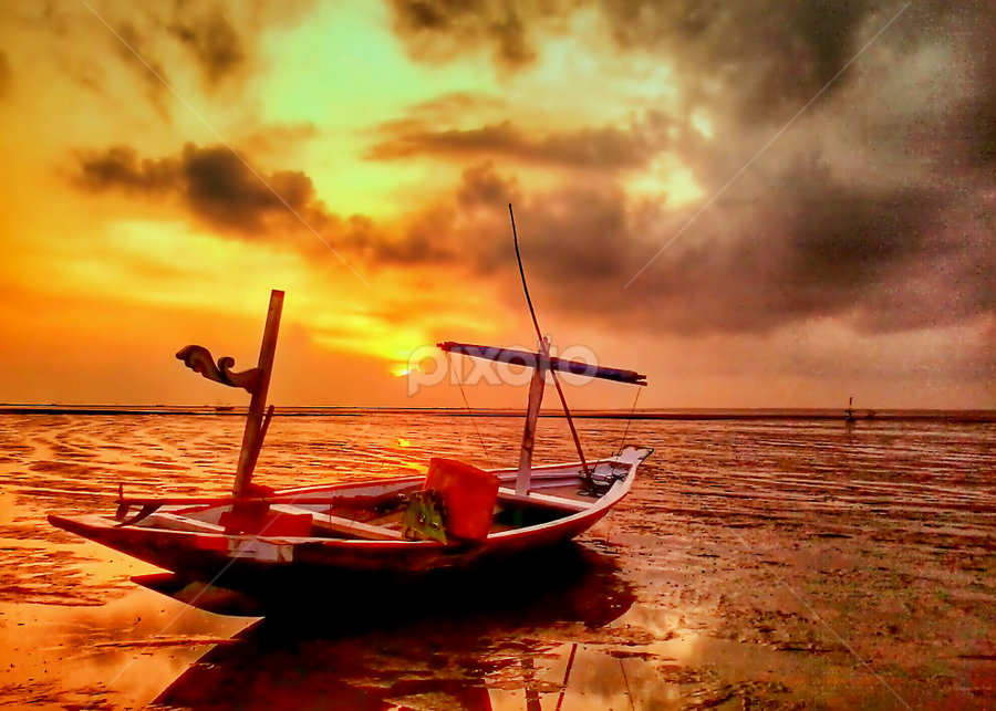 boats by Herry . - Instagram & Mobile Android