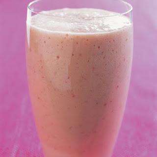 Peach-Strawberry Shake