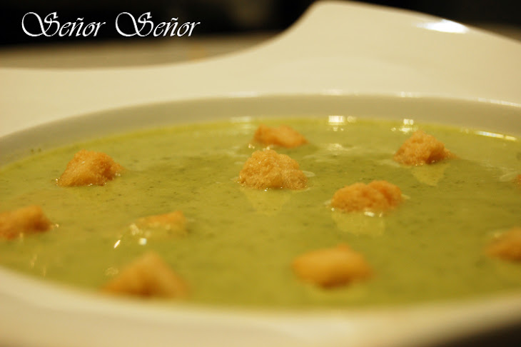 Creamy Broccoli and Gorgonzola Cheese Soup Recipe