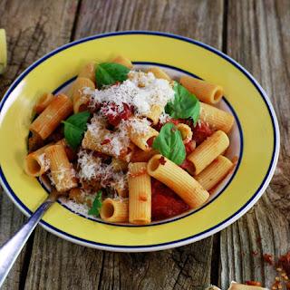 Lidia Bastianich'S Rigatoni with Sausage-Tomato Sauce Recipe