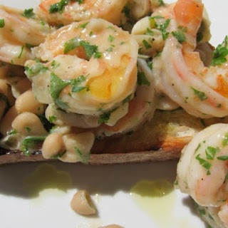 Grilled Garlic Bread with White Bean Shrimp Scampi