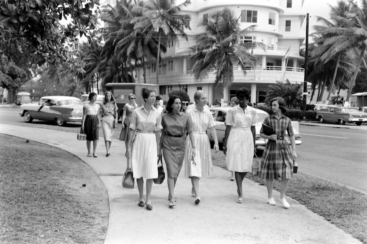 Sarah Lawrence Girl's In Puerto Rico