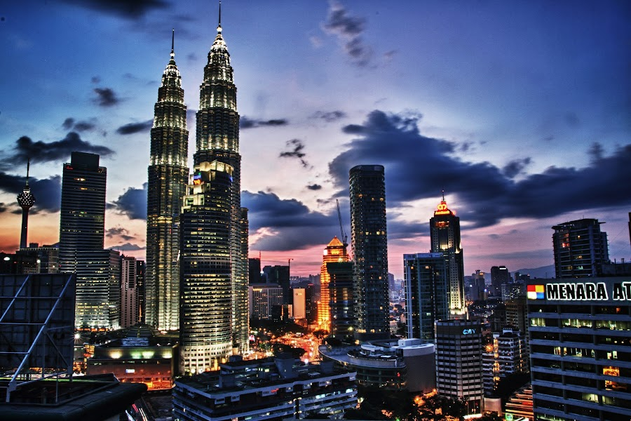 by Andy Teoh - City,  Street & Park  Night ( klcc, buildings, nightview, kuala lumpur, andyteoh photography,  )