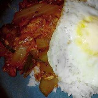 Chompchae Deopbap (Korean Spicy Tuna and Rice).