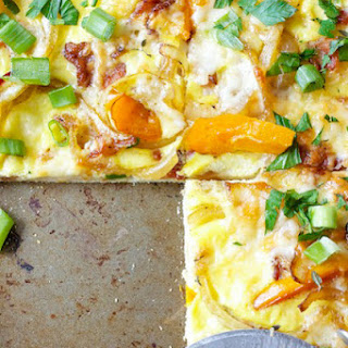 Bacon, Egg, and Cheese Breakfast Pizza