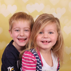 siblings <3 by Ellen Badger - Babies & Children Child Portraits ( #brother#sister#family#smiles#love#pose )
