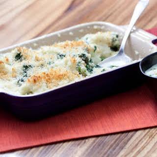 """Cauliflower """"Mac 'n' Cheese"""" with Spinach."""