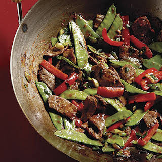 Stir-Fried Chili Beef with Bell Peppers and Snow Peas.